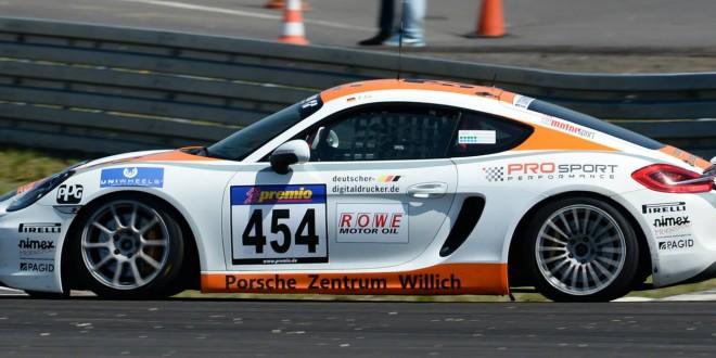 deutscher-digitaldrucker.de ist Sponsor bei der Porsche GT4 Clubsport Trophy 2016