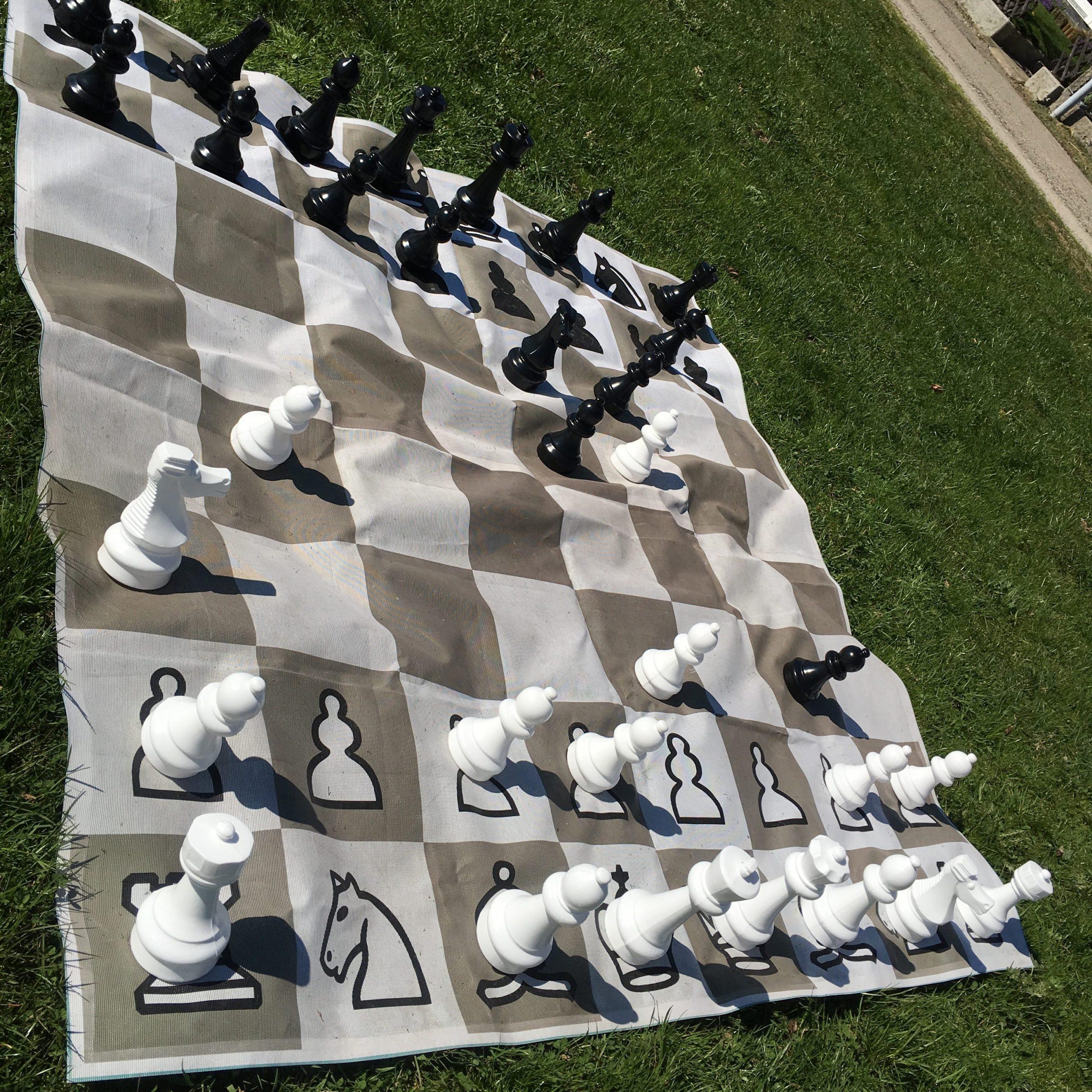 XXL Schachspiel aus Wangen im Allgäu